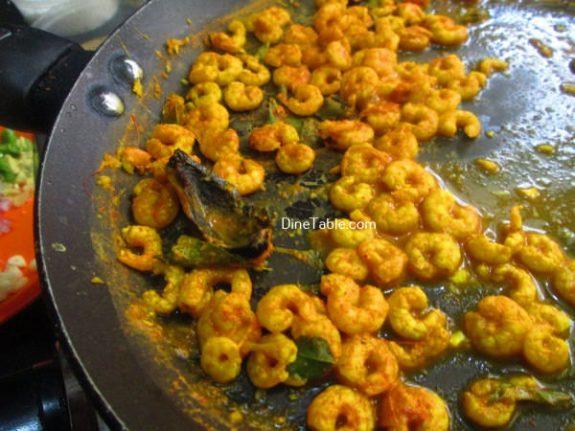 Chemmeen Puttu Recipe / Seafood Puttu