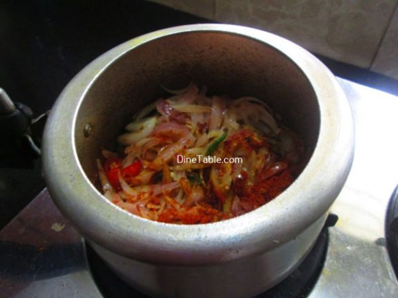 Koorka Beef Ularthiyathu Recipe / Quick Dish