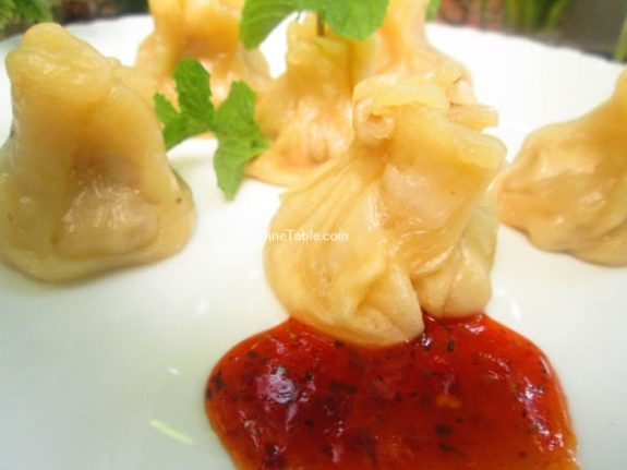 Chicken Momos Recipe / Tasty Momos