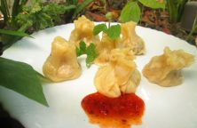 Chicken Momos Recipe / Non Veg Momos