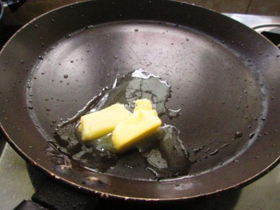 Maggi Noodle Omelette Recipe / Kerala Omelette