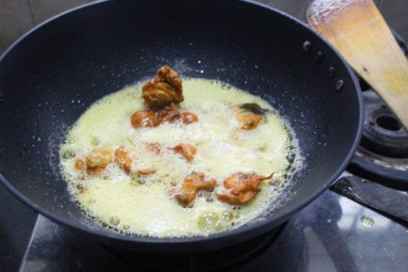Kaada Mutta Bajji Recipe / Kerala Bajji