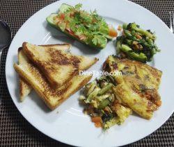 Easy egg bake with loaded vegetables & baked bread - Healthy & Easy Breakfast Recipe