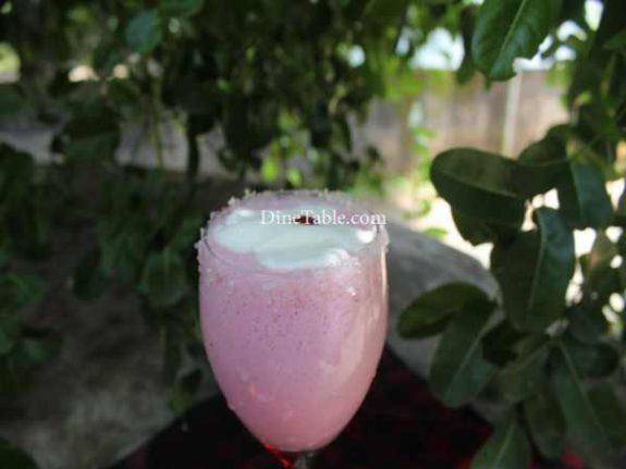 Strawberry Crush Milk Shake Recipe - Easy Drink