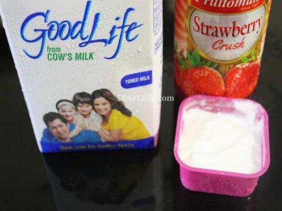 SStrawberry Crush Milk Shake Recipe - Yummy Drink