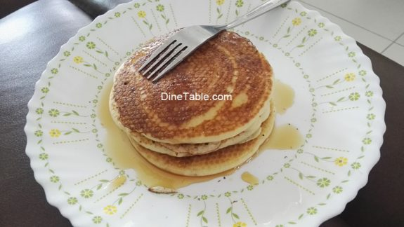 Pancake with Maple Syrup - Quick & Easy Breakfast Recipe