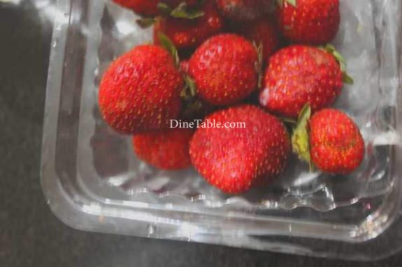 Strawberry Pudding Recipe - Simple Dish