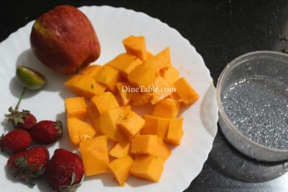 Papaya Apple Strawberry Salad Recipe - Quick Dish