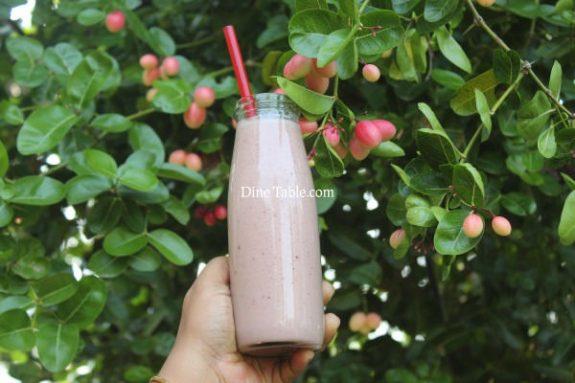 Strawberry Plum Smoothie Recipe - Easy Drink